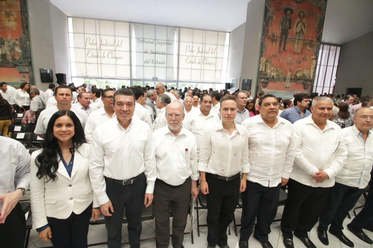 Atestigua Rutilio Escandón conferencia magistral de Carrancá