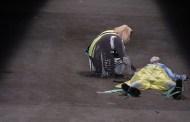 Muere un modelo en plena pasarela y los espectadores creyeron era parte del show (Video)