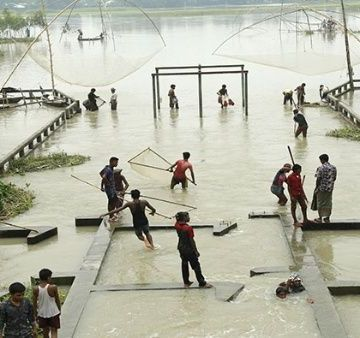 Más de 200 muertos dejan inundaciones en India, Nepal y Bangladesh