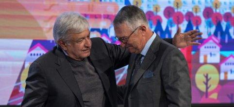 Slim, Salinas Pliego y Azcárraga ganan licitación para proveer de internet a instituciones públicas
