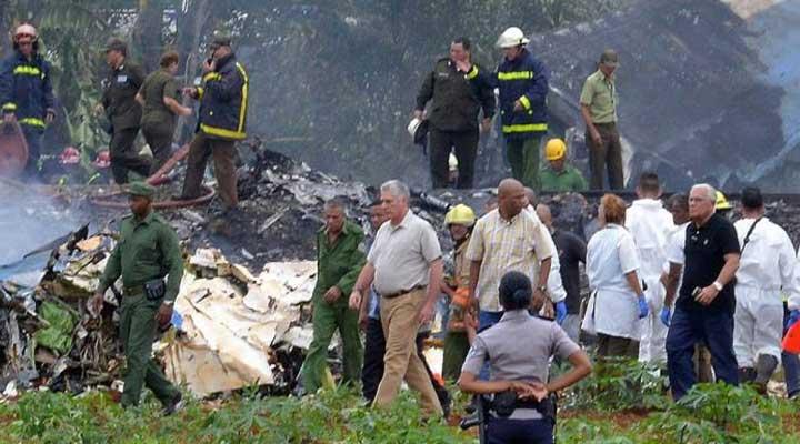 El mandatario Cubano Miguel Diaz-Canel estuvo presente en el lugar del accidente.