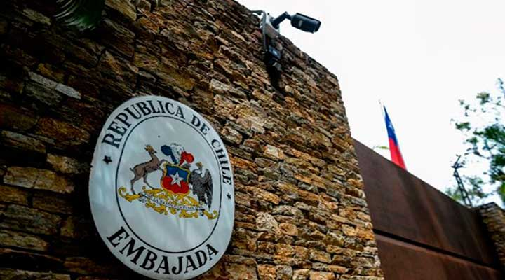 El consulado chileno en Venezuela solicita pasaportes vigentes por al menos 18 meses