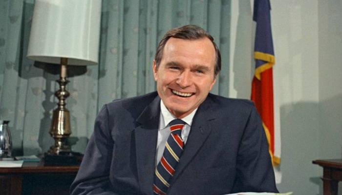 Llegó a sercongresista, embajador en la ONU, director de la CIA, vicepresidente de Ronald Reagan entre 1981 y 1989