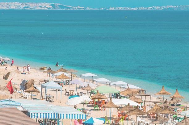Melilla te ofrece playas exquisitas y apacibles.