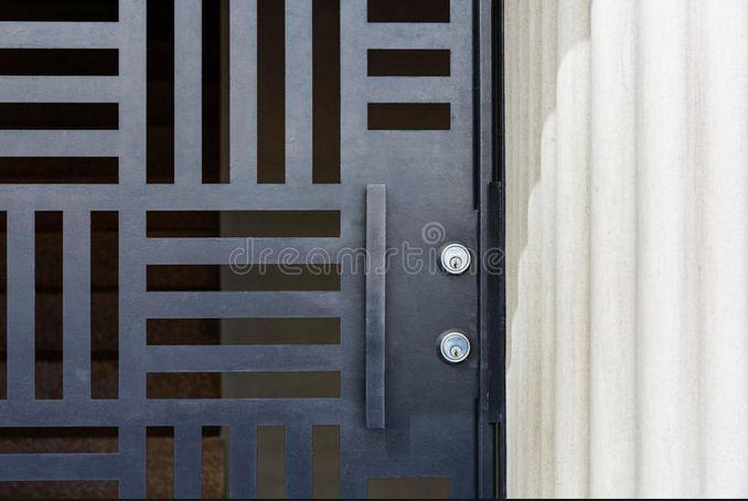 Bloqueos de puerta asunto delicado.