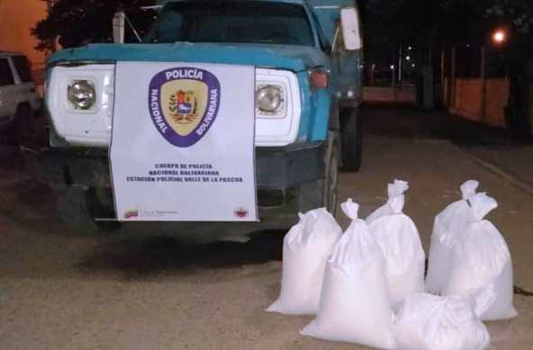 Camión cisterna donde hurtaron los sacos de harina de maíz. Foto fuente policial,