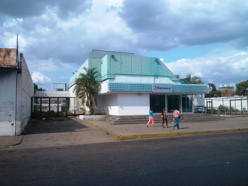 Este martes no abrieron las agencias bancarias por Dìa de San Josè.jpg