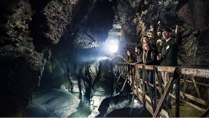 La impresionanted Cueva de Han
