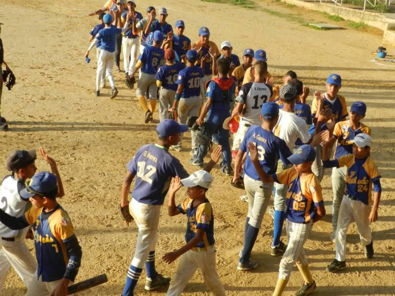 Pumas y Fuentes Acevedo definen el Campeonato Prejunior del municipio Infante.