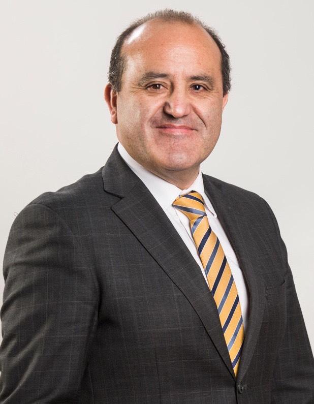 Daniel Solis Igor. Director AIEP Puerto Montt. Presidente Corporación Puerto Montt Superior
