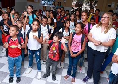 El Distrito y UNICEF, articulados para brindar educación de calidad a población migrante en Barranquilla