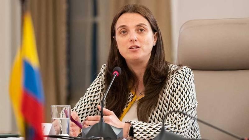 Con apoyo de la Ministra Karen Abudinen, Congreso aprobó proyecto que brinda beneficios a medios comunitarios y de interés público