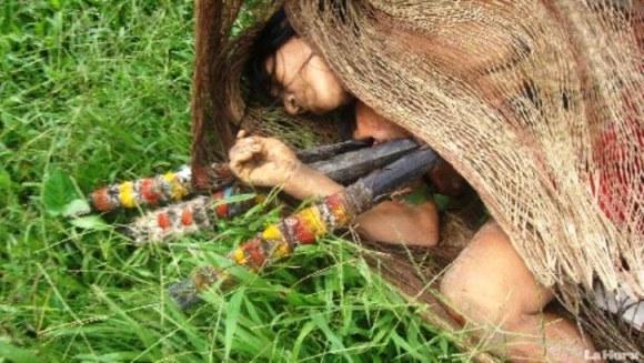 Waorami muerto por lanzas