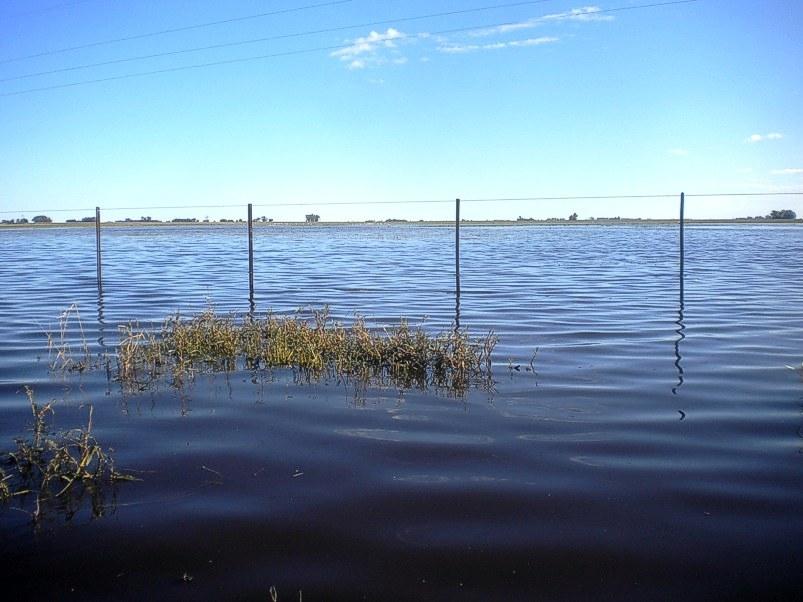 Laguna que se forma por la subida de las aguas con las abundantes lluvias