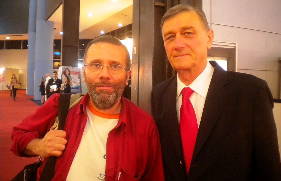 Pablo Harvey, editor de NOTIRUYA, junto a Hermes Binner
