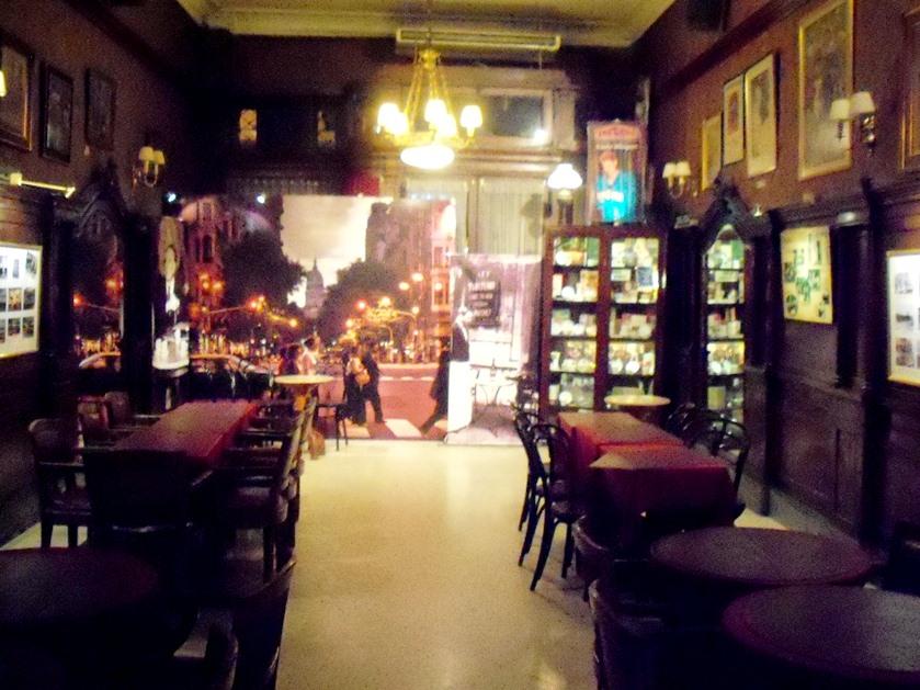 Otro de los salones; Café Tortoni
