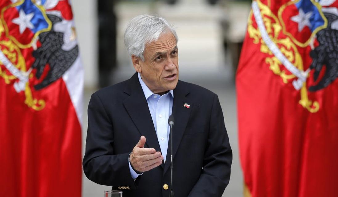 Presidente de Chile anuncia que promulgará ley que permite tercer retiro de fondos de pensiones