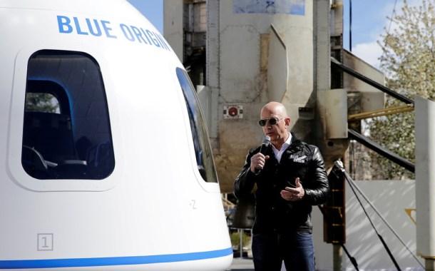 Jeff Bezos y su hermano viajarán al espacio el próximo 20 de julio