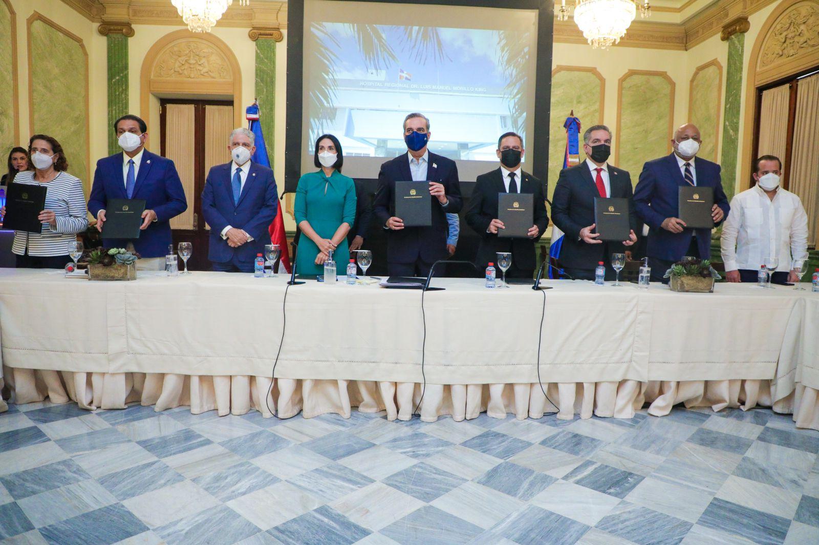 El Gobierno, Unicef y JCE firman acuerdo para impulsar el registro civil oportuno