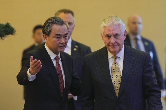 Tillerson annuncia a Pechino il tentativo di un dialogo con la Corea del Nord