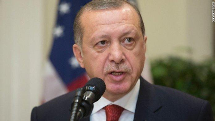 Perché Erdogan rallenta il ritiro Usa dalla Siria
