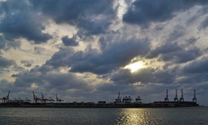 trump minaccia il blocco del petrolio saudita