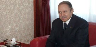 Algeria Bouteflika si ritira dalla corsa elettorale