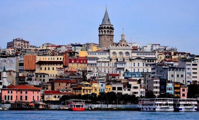 Istanbul torna al voto