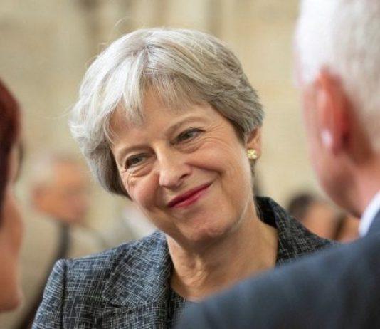 May contro tutti su Brexit