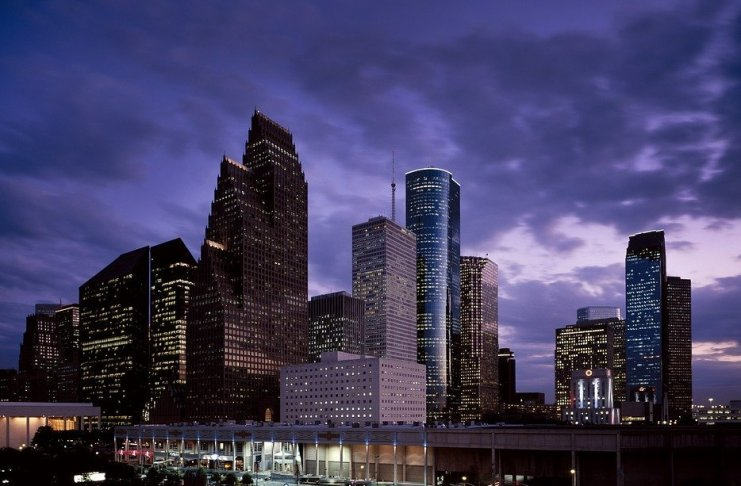 Houston sfida San Francisco