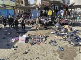 L'Isis firma il duplice attentato kamikaze a Baghdad