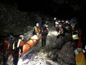 soccorso-alpino-notte-barella