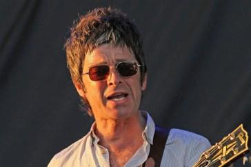"""Oasis, Noel Gallagher fa il prezzo: """"100 milioni per la reunion"""""""