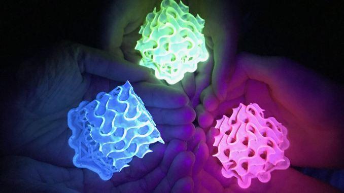 Scienziati creano i materiali più luminosi mai esistiti