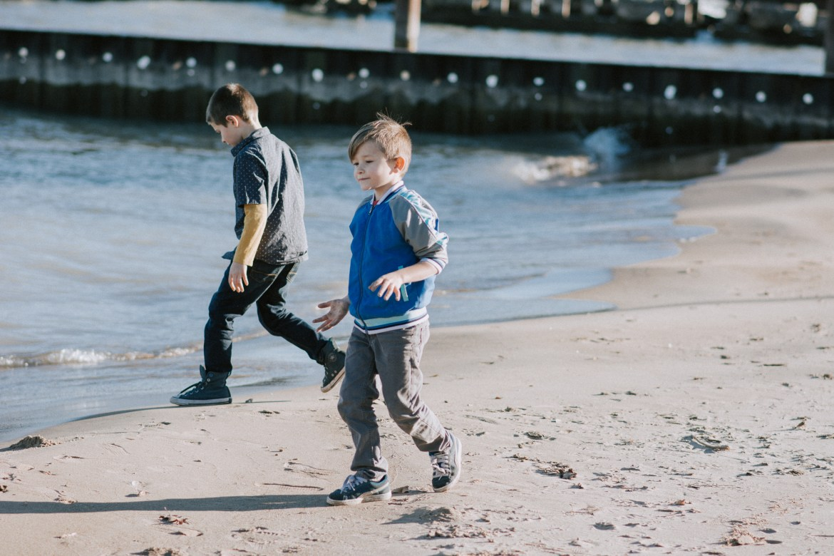 How to Be Present for Your Kids | Parenting | Modern Parents | Raising a family | Being Present | Be Present for your Kids | Quality Time with kids | how to love your kids well | Family Blog