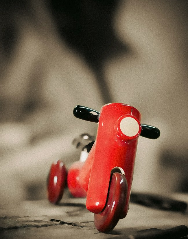 channapatna-toys-scooter
