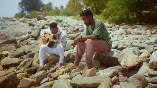 """Johnny Drille Performs """"Something Better"""" on #JohnnysBeachSeries   Johnny Beach sessions"""