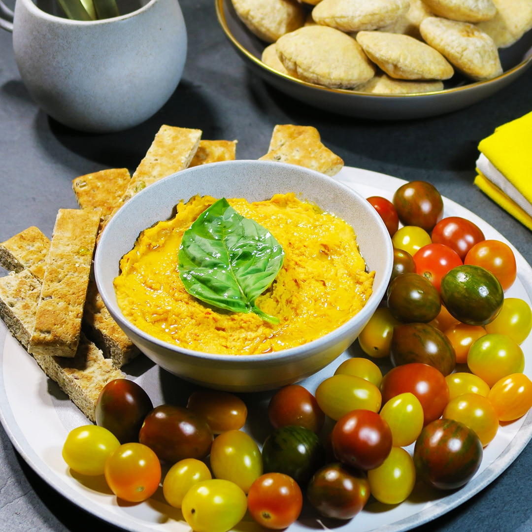 3 ingredient sundried tomato hummus