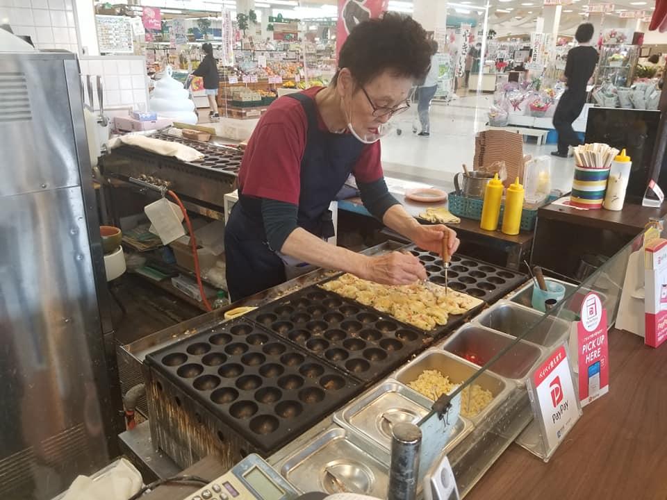 ふわふわの美味しいたこ焼きが大人気!フードコートうらら【七尾市 ナッピィモール】