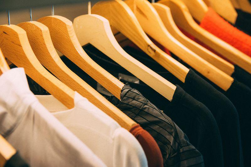 選擇上山衣服