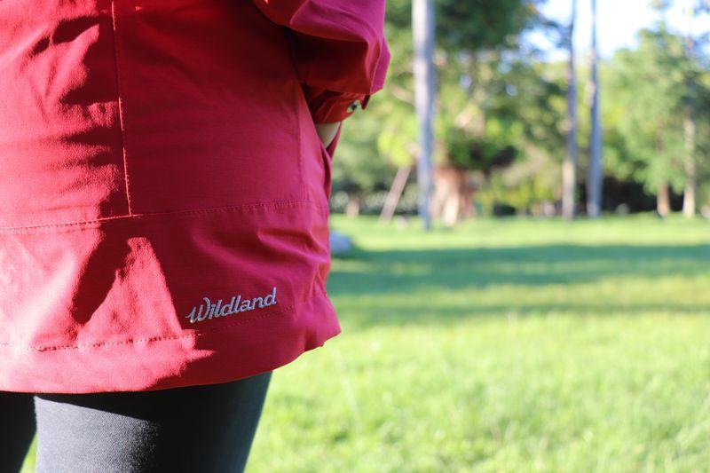 荒野防水外套logo