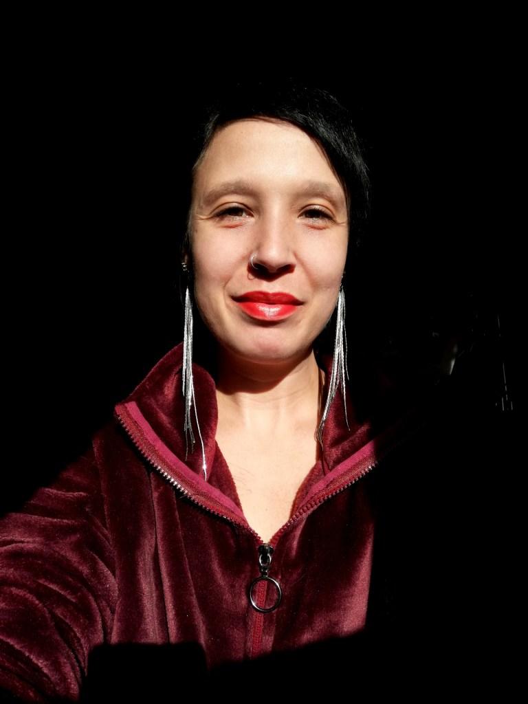 Full color headshot portrait of Quebec flat advocate Marie-Claude Belzile of Tout aussi femme