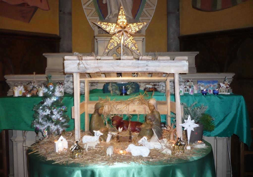 Noël en images avec les crèches, les sculptures, les vitraux… des églises de la paroisse Notre-Dame de Clermont