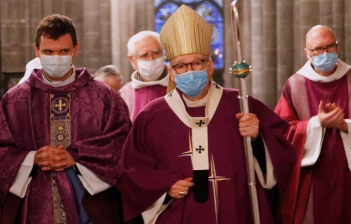Ordination de Florent Boisnault par Mgr François Kalist le 13 décembre 2020 en la cathédrale de Clermont