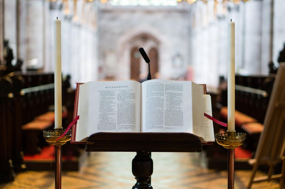Entraînement à la lecture liturgique : on lit toujours mieux un texte préparé à l'avance !