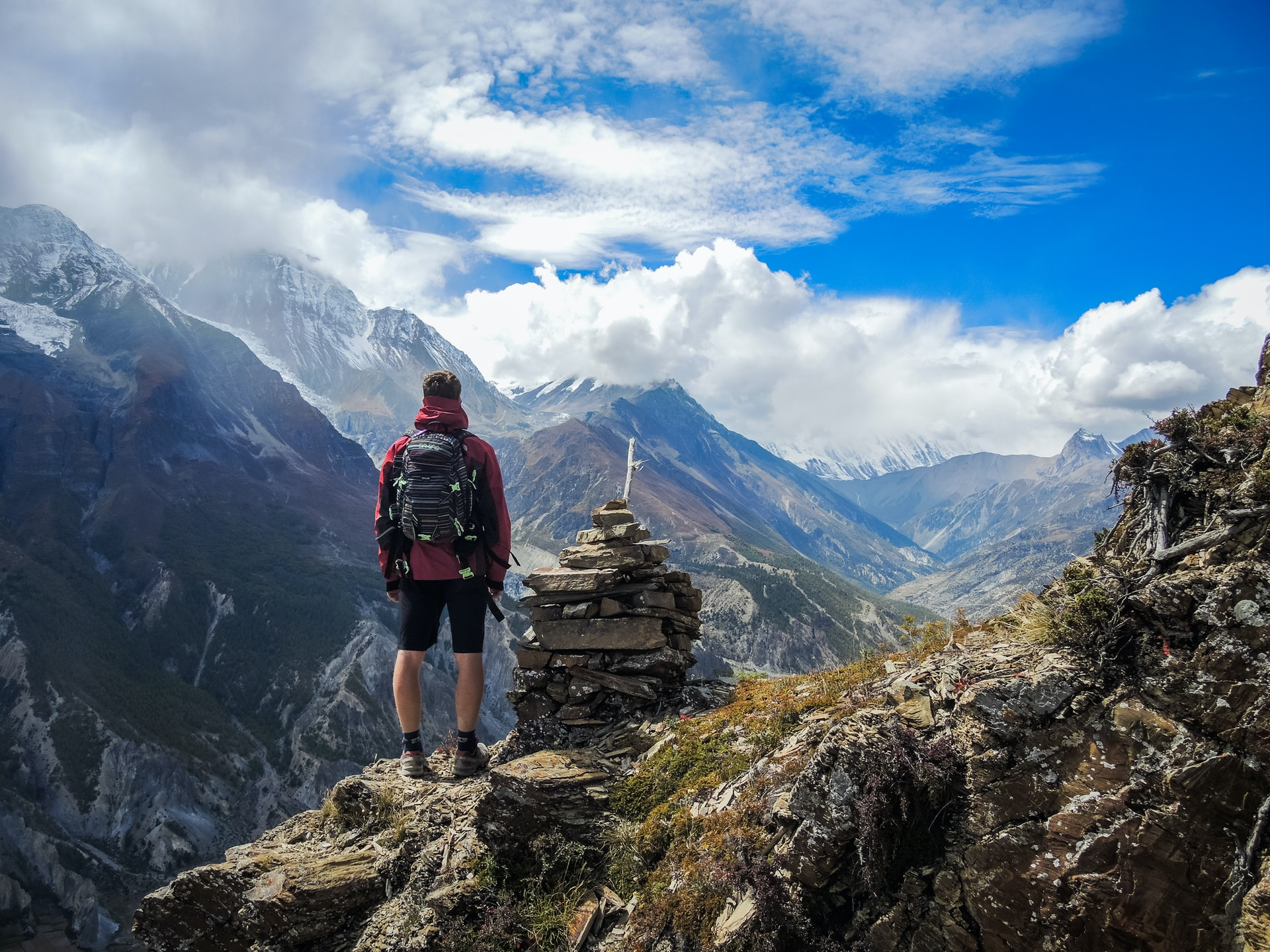 10 Reasons why travelling is important in life