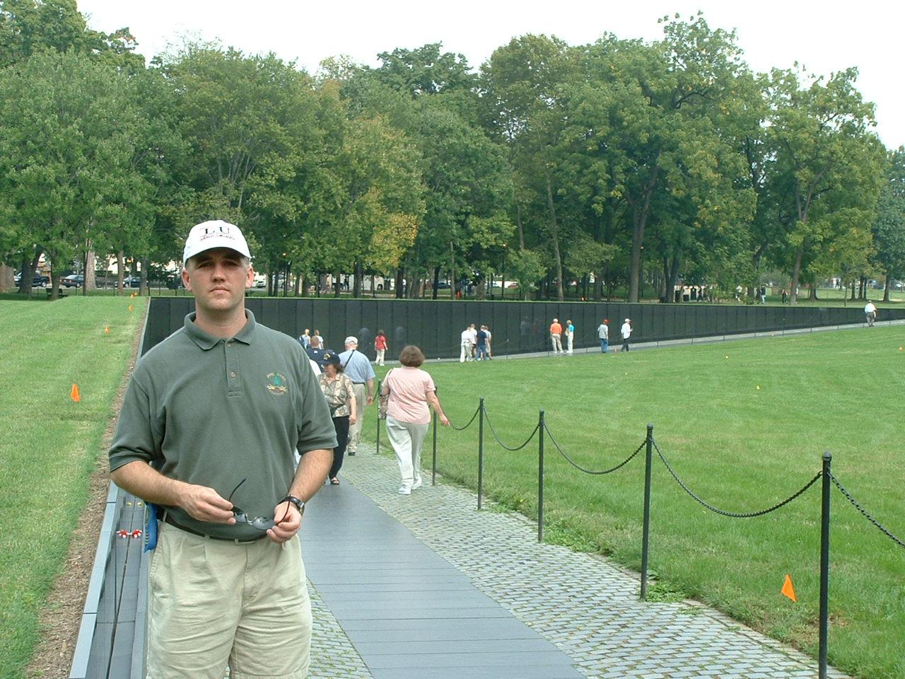 Nam Memorial Oct02