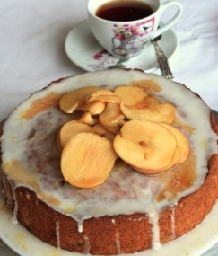 Earl grey apple cake