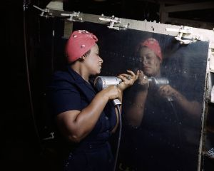 800px-rosie_the_riveter_vultee_ds