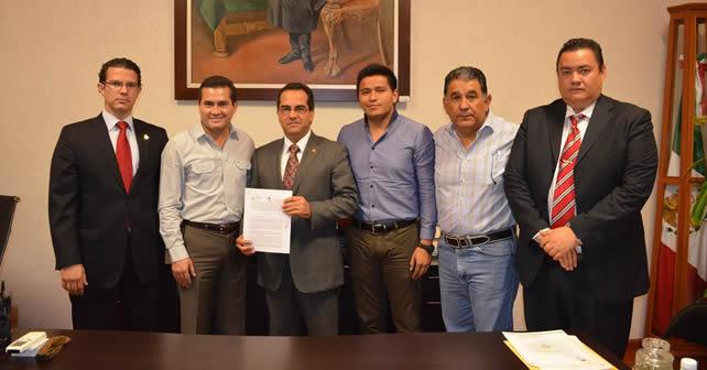Jacobo Manríquez Romero, Presidente de Pénjamo, y Gustavo Rodríguez Junquera, Procurador de los Derechos Humanos